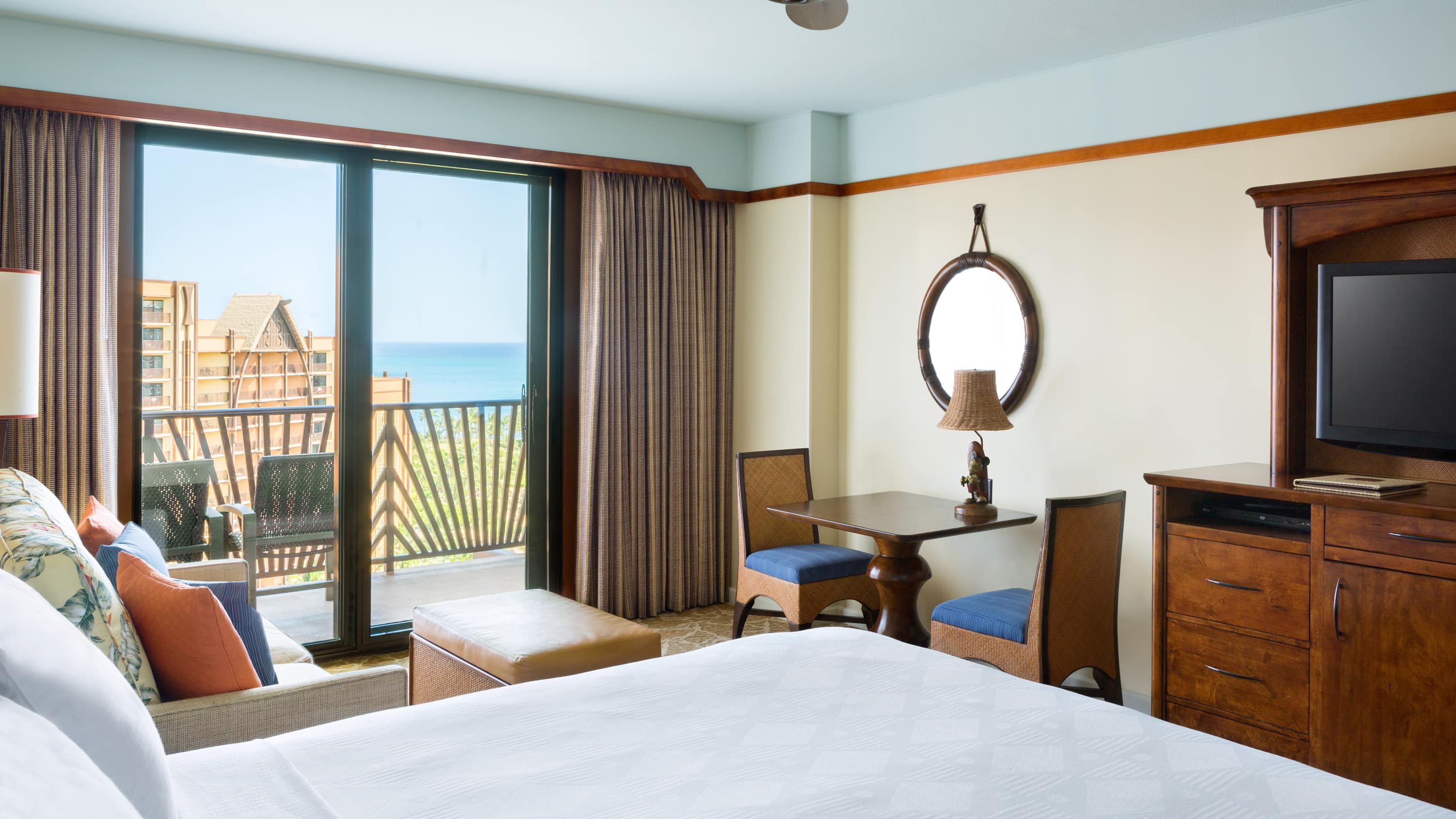 Generous amenities and sweet surprises make our standard rooms feel luxurious.