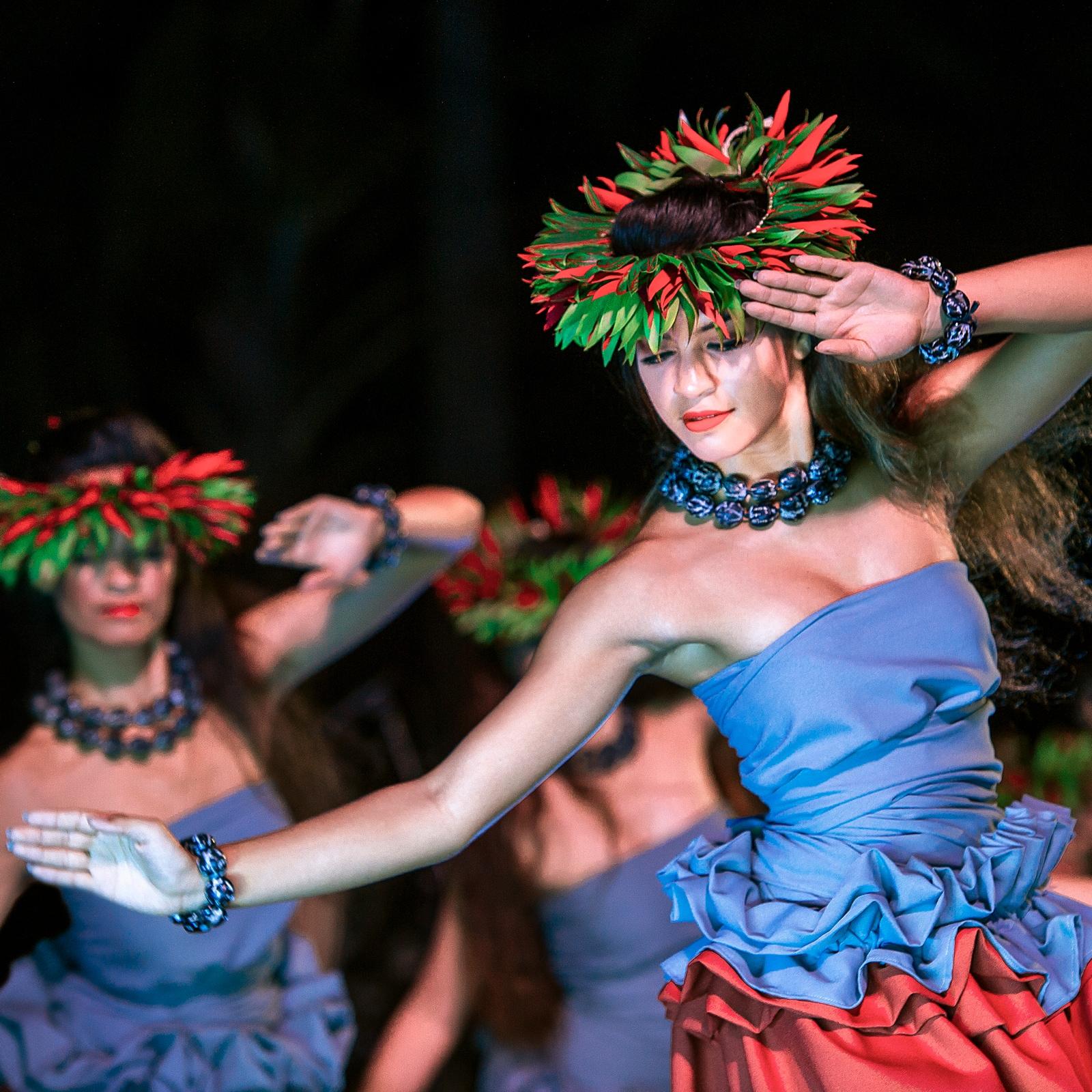 Oahu Luau – KA WA'A | Aulani Hawaii Resort & Spa