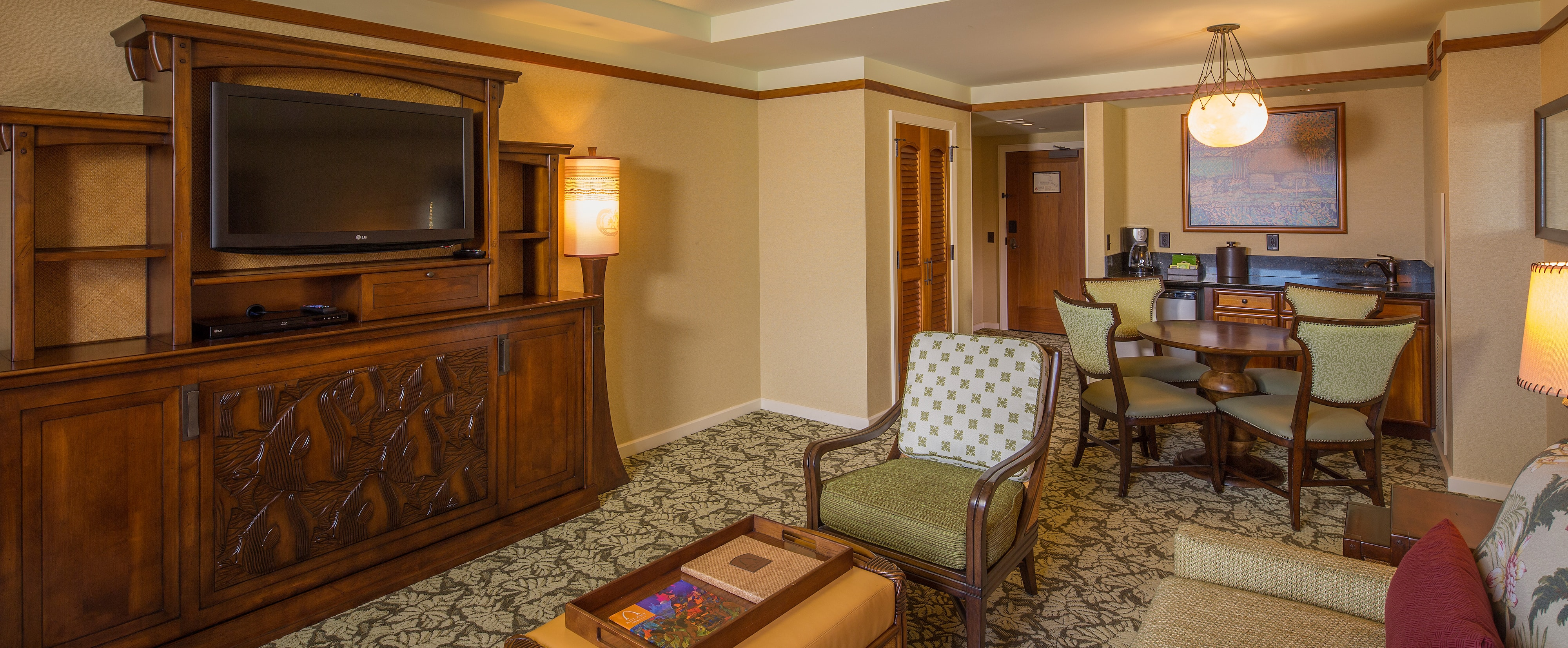 One Bedroom Parlor Suite Aulani Hawaii Resort Amp Spa