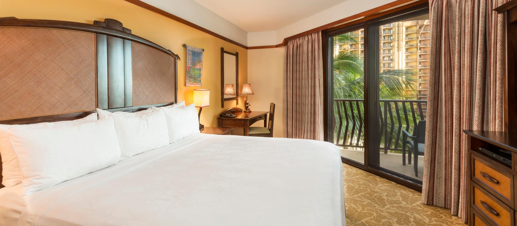 清潔なリネン、木のアクセントによるあたたかな雰囲気、広いバスルームを備えた 1 ベッドルーム・ヴィラ