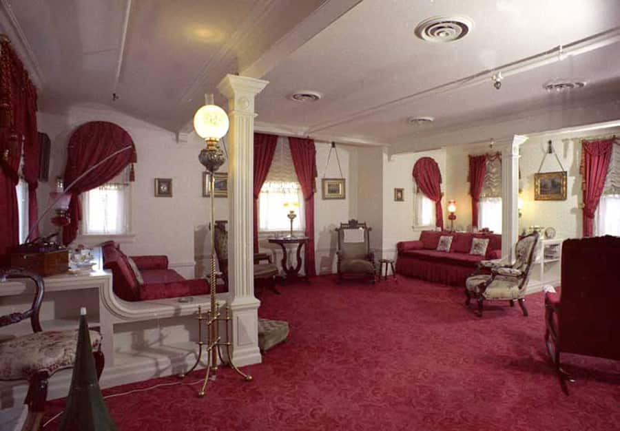 Inside Walt S Apartment