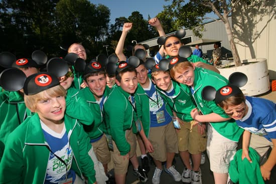 Disney Planet Challenge Winners Featured in Parade at Disneyland Park