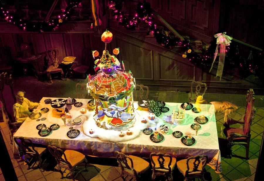 Sneak Peek: Giant Gingerbread House in Haunted Mansion ...