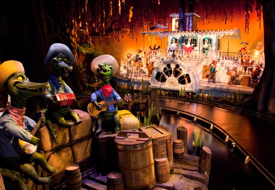 The Zip-A-Dee-Lady Scene Inside Splash Mountain at Disneyland Park