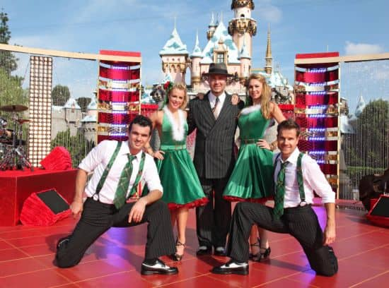 """Big Bad Voodoo Daddy Joined By """"Dancing With the Stars"""" Professional Dancers Tony Dovolani, Chelsie Hightower, Kym Johnson, and Louis Van Amstel"""
