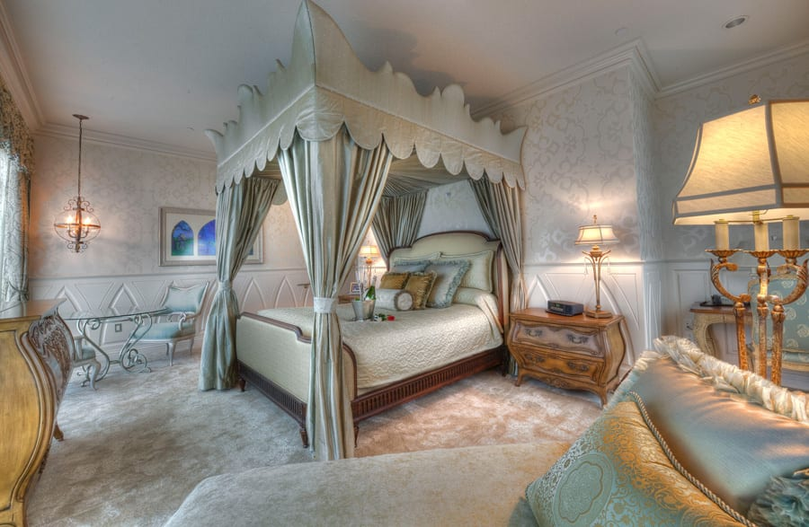 Fairy Tale Suite At The Disneyland Hotel Disney Parks Blog,Small Space Indoor Gardening
