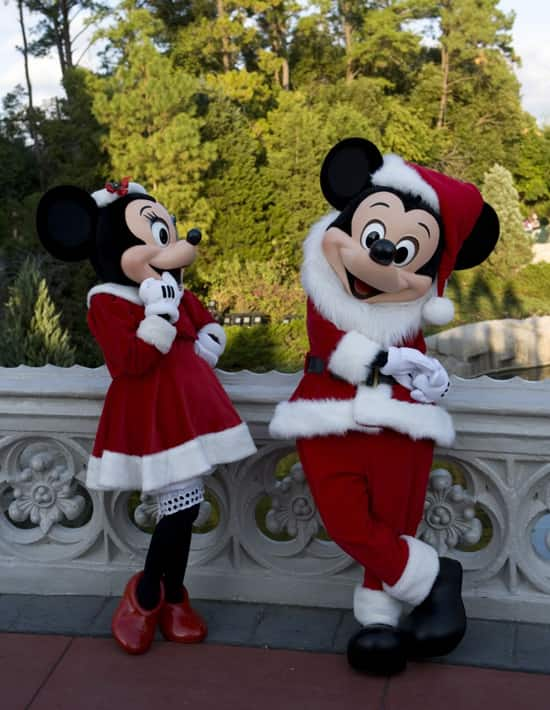 Merry Christmas from Disney Parks