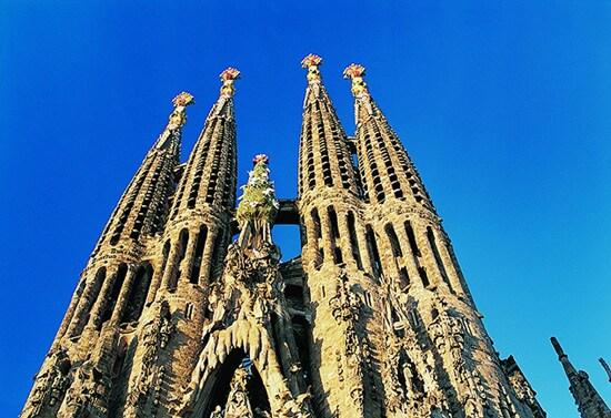In Barcelona, guests can visit landmarks like the famous Gaudí church, Basilica de la Sagrada Família.