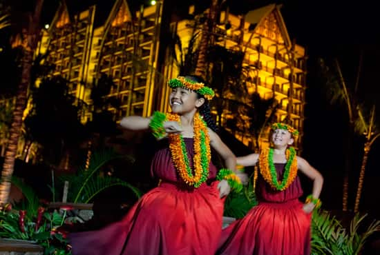 Tradition and Magic at the Grand Opening of Aulani, a Disney Resort and Spa