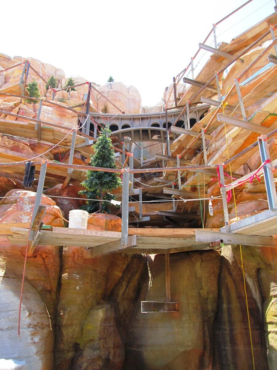 Behind The Wall Cars Land At Disney California Adventure Park Disney Parks Blog