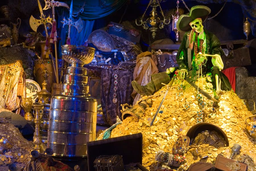 Ye Caption This Tis The Stanley Cup At Disneyland Park Disney Parks Blog
