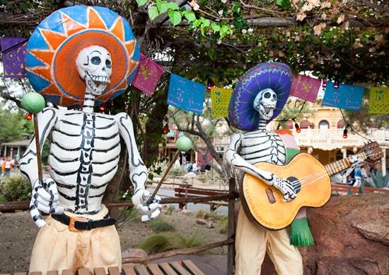 Celebrate Halloween Time and Dia de Los Muertos at Disneyland Resort