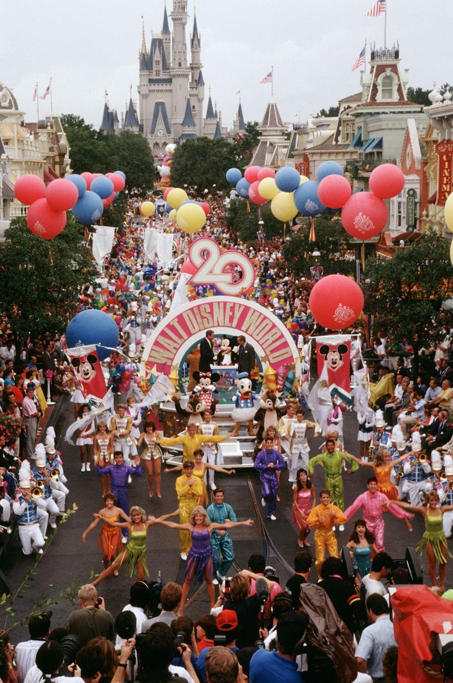 Celebration Of Signs And Marks Human >> Vintage Walt Disney World Magic Kingdom Park Marks 20 Years