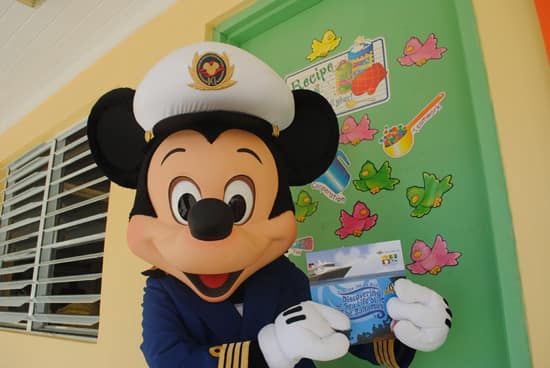 Captain Mickey Mouse and Disney VoluntEARS Surprise Students from the Community Surrounding Castaway Cay
