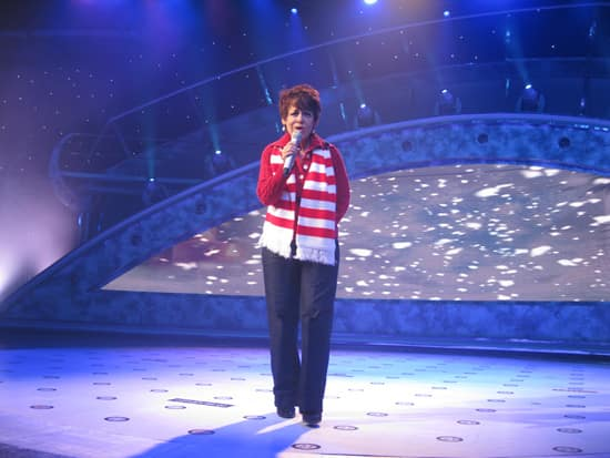 Auditioning Singers Can Now Choose From a List of 8 Holiday Songs at The American Idol Experience at Disney's Hollywood Studios
