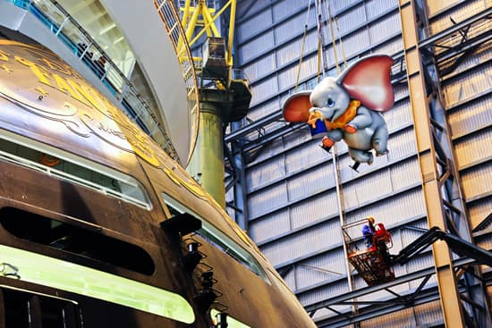 Dumbo Adorns the Stern of the Disney Fantasy