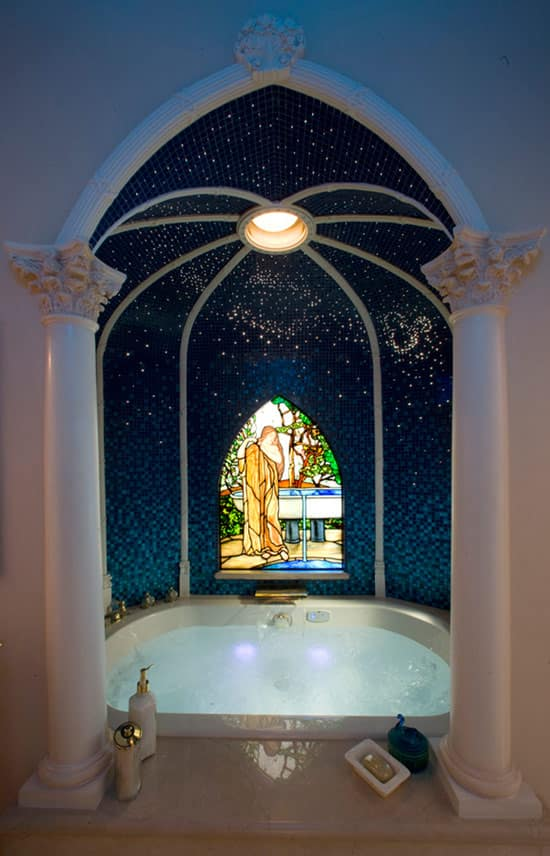 Bathtub in the Master Bath of the Disneyland Dream Suite