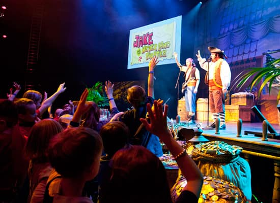 Disney Parks Blog Fans Paaarty Like Pirates at Our 'Jake and the Never Land Pirate Band' Meet-Up