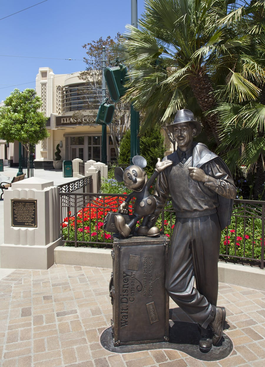 Storytellers Statue Welcomes Dreamers To Buena Vista Street At