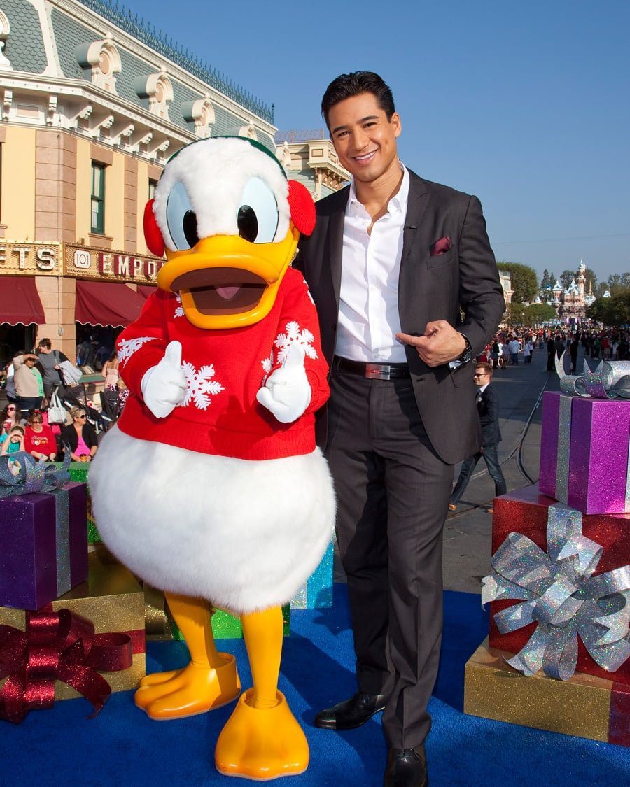 First Look Mario Lopez Backstreet Boys And More At Disneyland Park For Shooting Of The 2012 Disney Parks Christmas Day Parade On Abc Disney Parks Blog