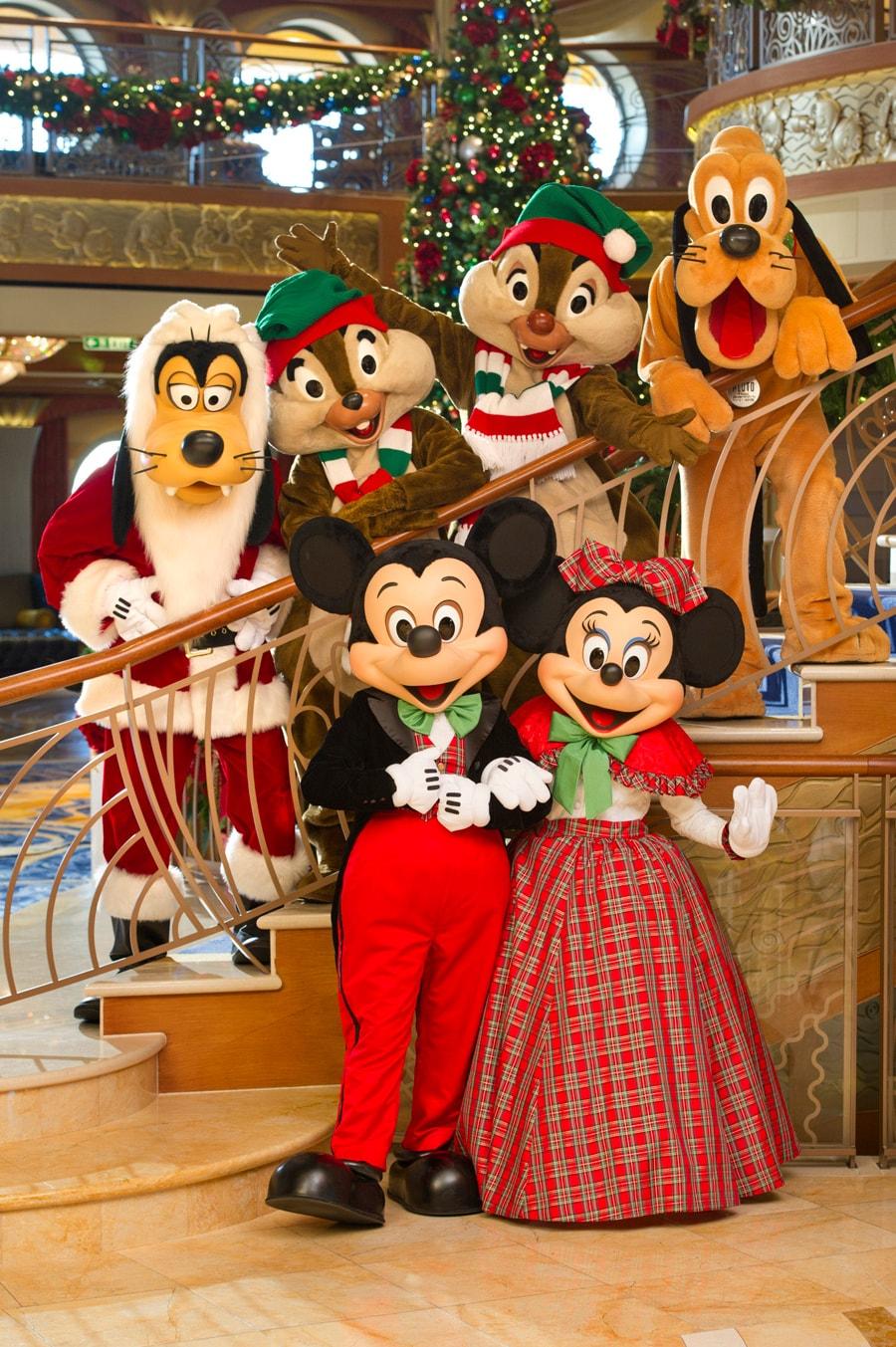 Merry Christmas Disney.Merry Christmas From Disney Cruise Line Disney Parks Blog