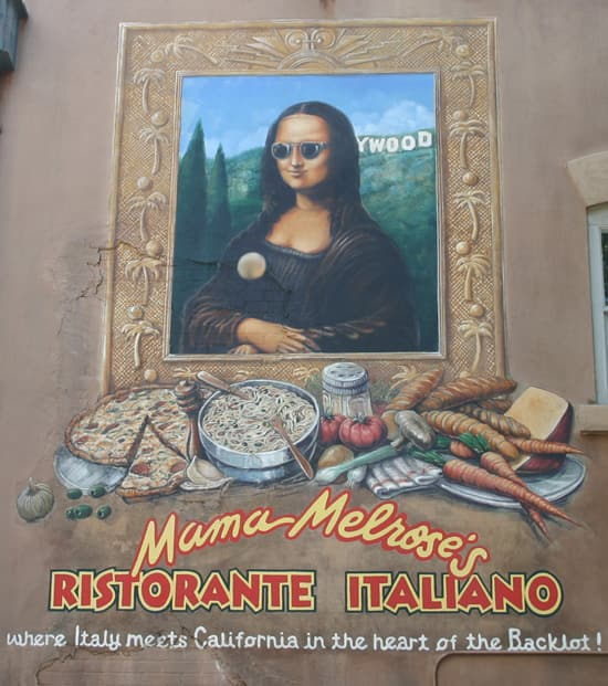 Do You Remember What the Button on Mona Lisa's Shirt at Mama Melrose's Ristorante Italiano Says?