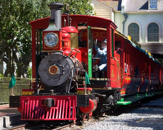 Meet the Steam Engines of the Disneyland Railroad: Engine No. 5 - the Ward Kimball