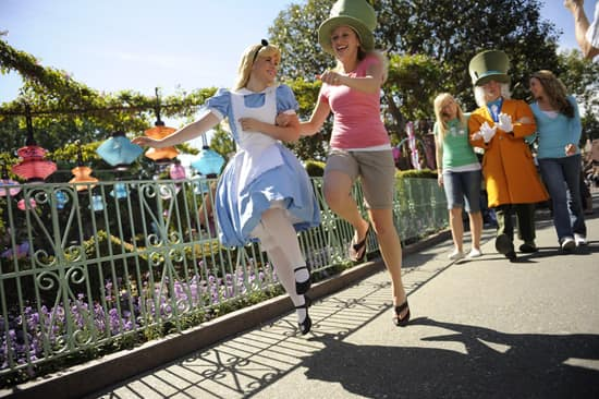 Sign Up Now for Disneyland Half Marathon Weekend Meet-Up