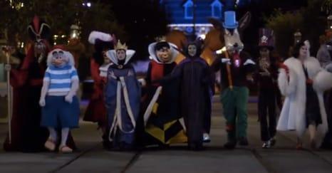 Halloween Disney Villains.Disney Villains Take Over The Disneyland Resort During Halloween