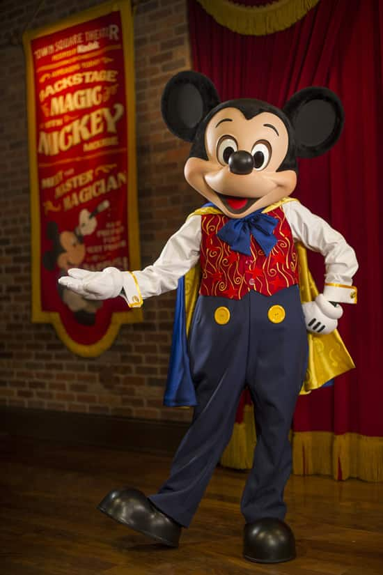 Magician Mickey Mouse at Town Square Theater in Magic Kingdom Park