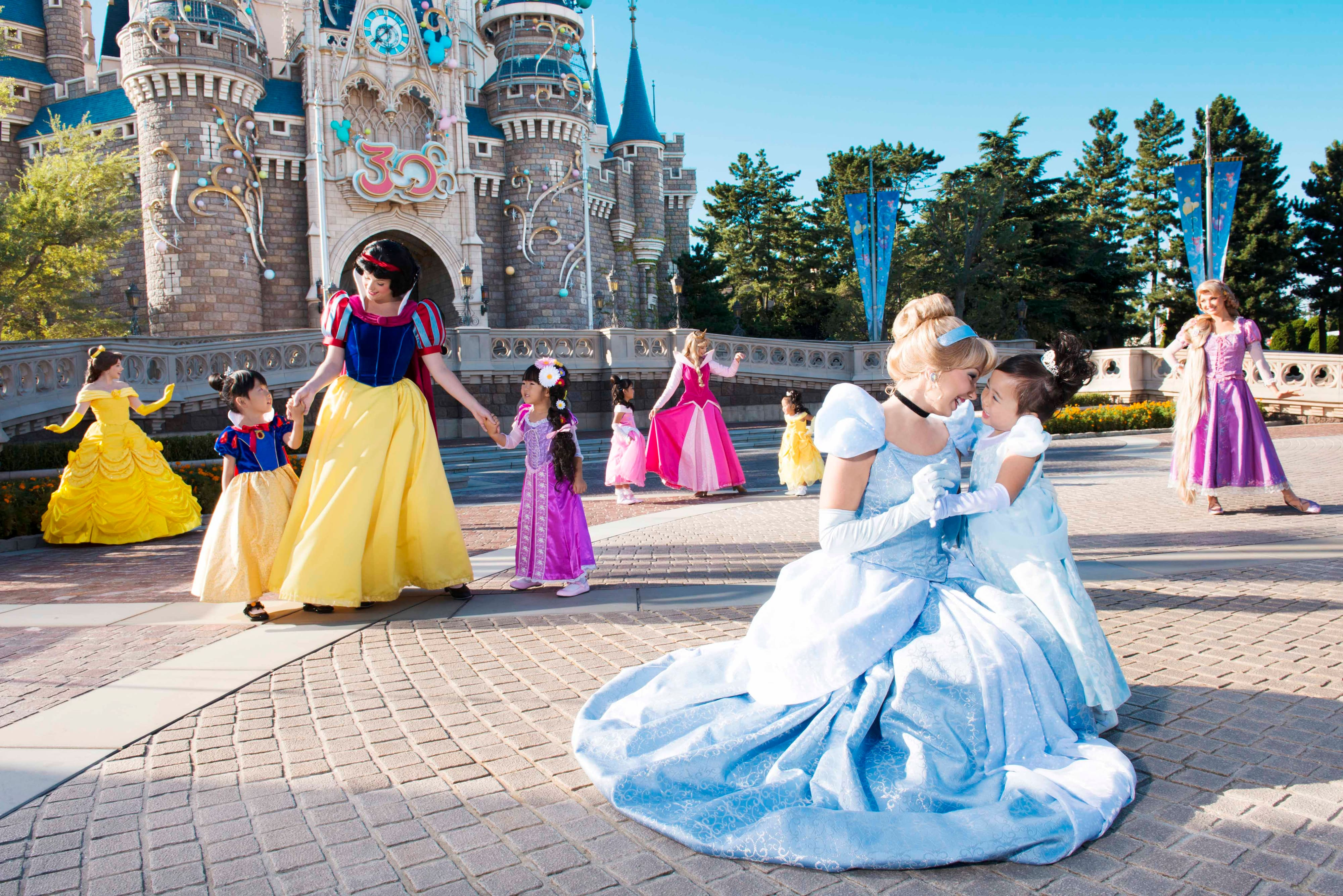 Tokyo Disney Resort Launches Disney Princess Welcome Little