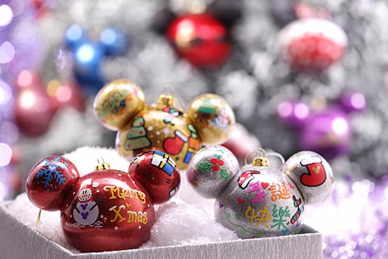 hong kong disneyland holiday personalized ornaments