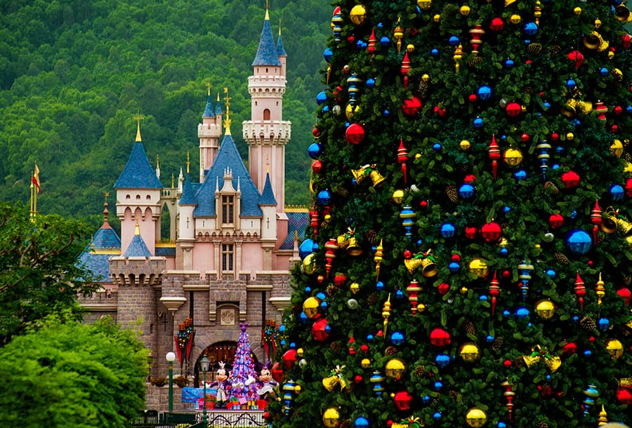 dyg938221 - Disney Christmas Tree