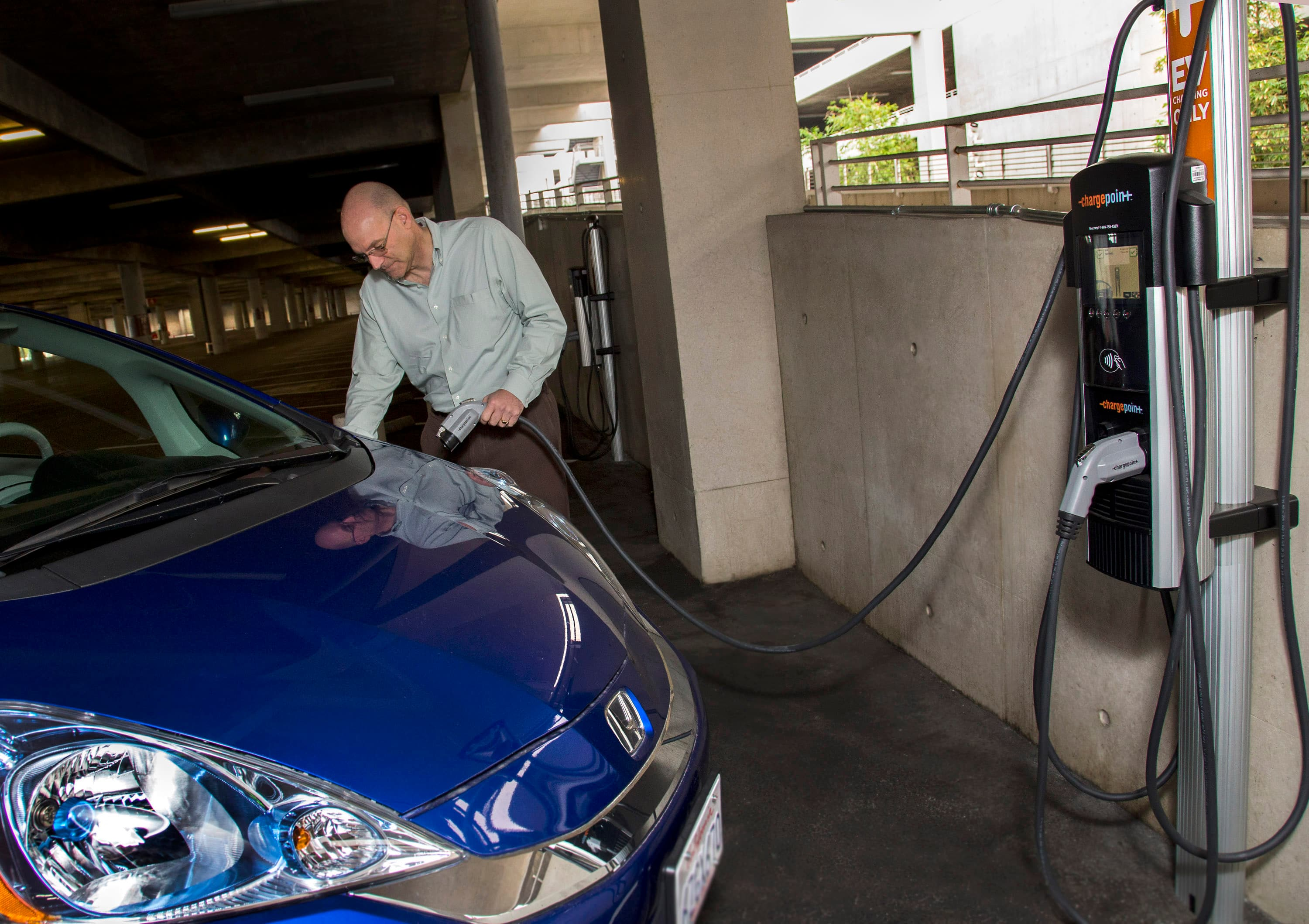 Electric Vehicle Charging Stations Now Available At Disneyland Resort