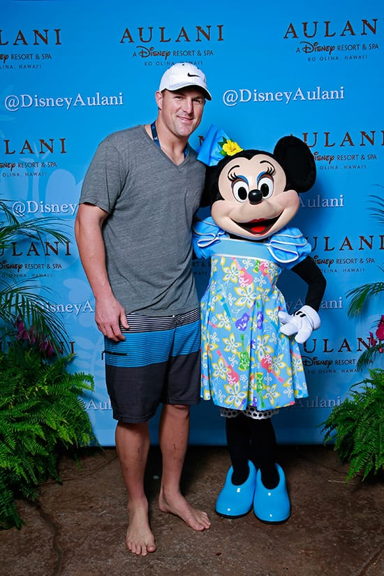 NFL Pro Bowl Tight End Jason Witten of the Dallas Cowboys with Minnie Mouse at Aulani, a Disney Resort & Spa