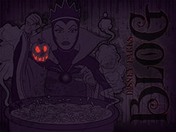 Disney Villain Wallpaper Featuring the Evil Queen from 'Snow White and the Seven Dwarfs'