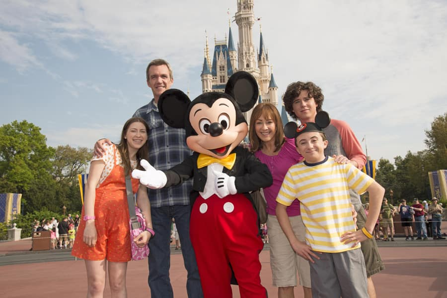 In 'The Middle' of the Heck Family Vacation at Walt Disney World ...