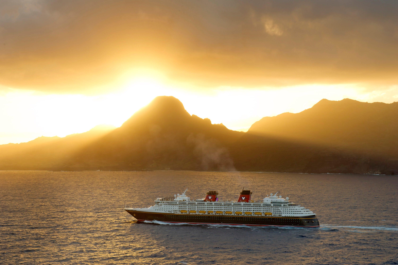 Disney Cruise To Hawaii >> Disney Cruise Line S 2015 Hawaii West Coast And Galveston Sailings