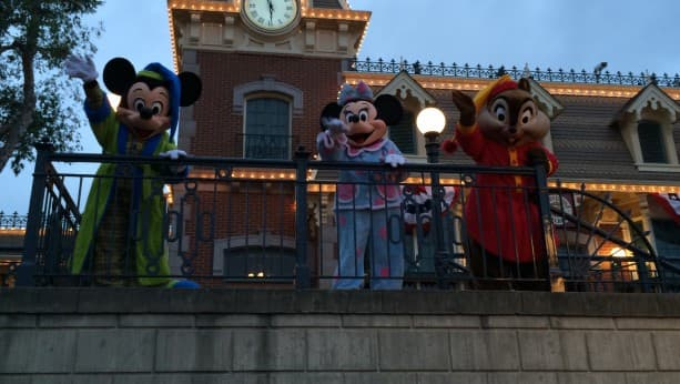 Disneyland Resort Waves Goodbye to the Rock Your Disney Side 24-Hour Event