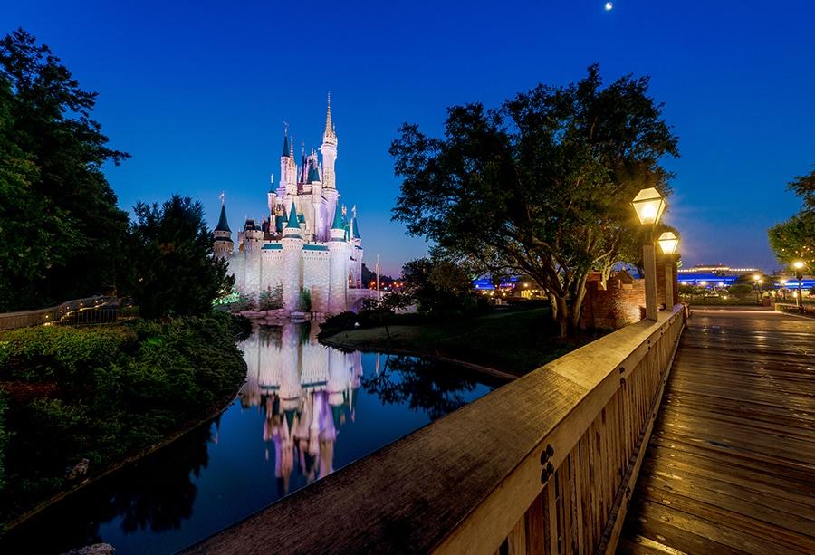 Disney Parks After Dark: A Quiet Cinderella Castle