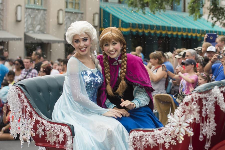 Inaugural Anna Elsas Royal Welcome Parades Through Disneys