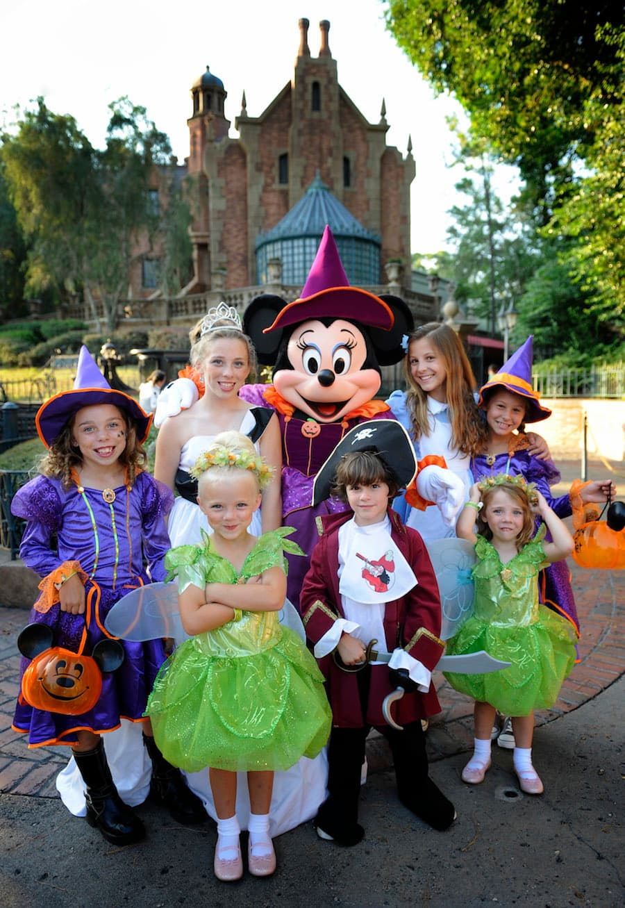 13 reasons to love mickey's not-so-scary halloween party at magic