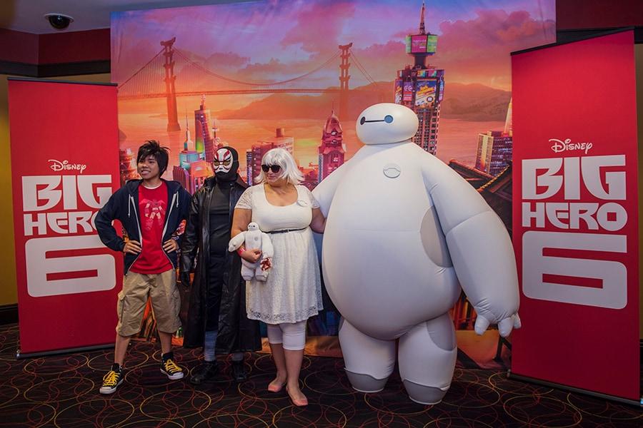 Fans Cheer Big Hero 6 At Disney Parks Blog Meet Up Disney Parks Blog