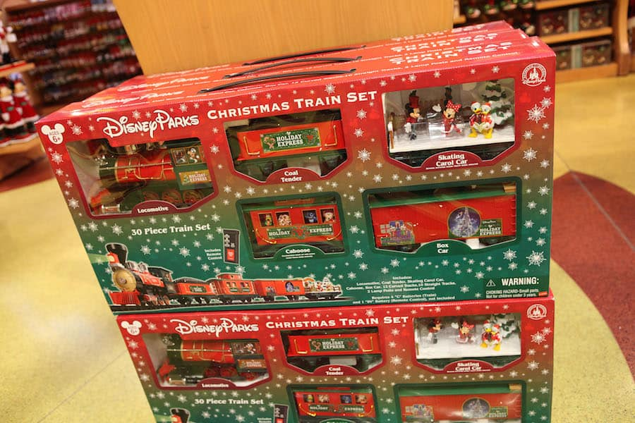 tdg809119thumb tdg809118thumb - Disney Christmas Train