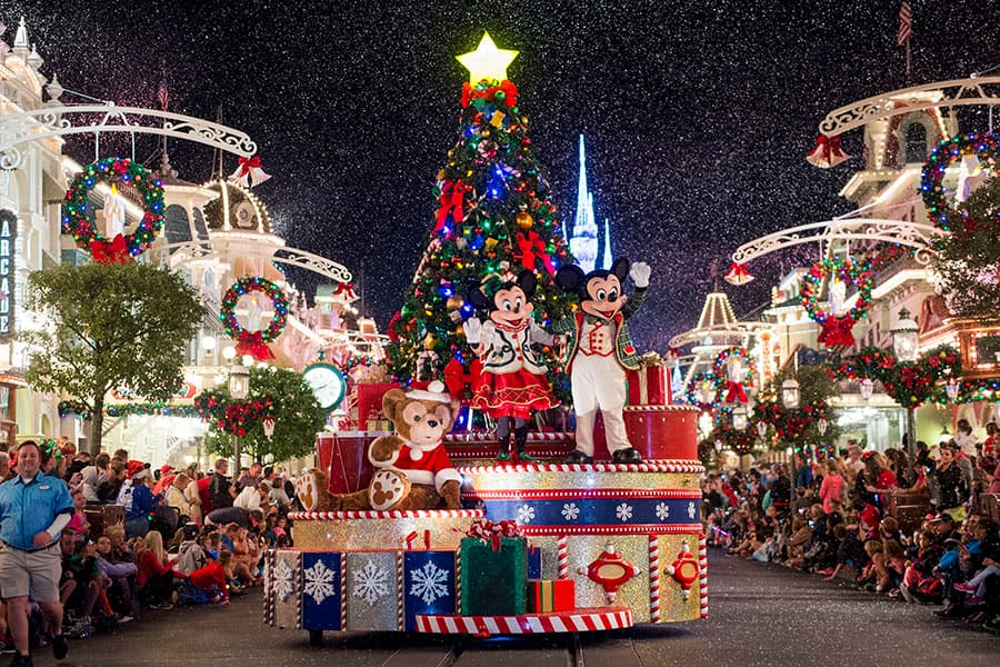 Video: Watch Highlights from 'Mickey's Once Upon a Christmastime Parade'