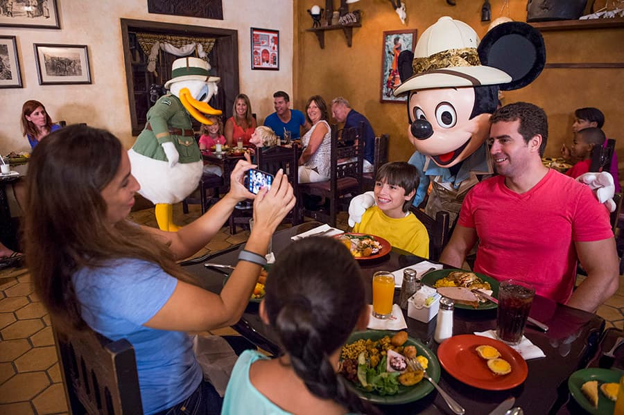 Fantastic Disney Characters Stay For Dinner At Tusker House Restaurant Home Interior And Landscaping Synyenasavecom