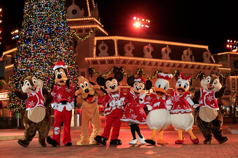 Christmas In Disneyland Hong Kong.Photo Gallery Hong Kong Disneyland Celebrates Disney