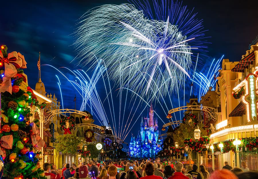 Disney Parks After Dark Holiday Wishes At Magic Kingdom Park
