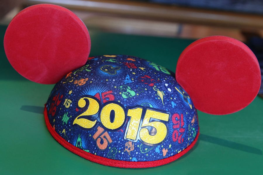 4849be71089889 Disney Characters Showing Off Their #DisneySide in New 2015 ...