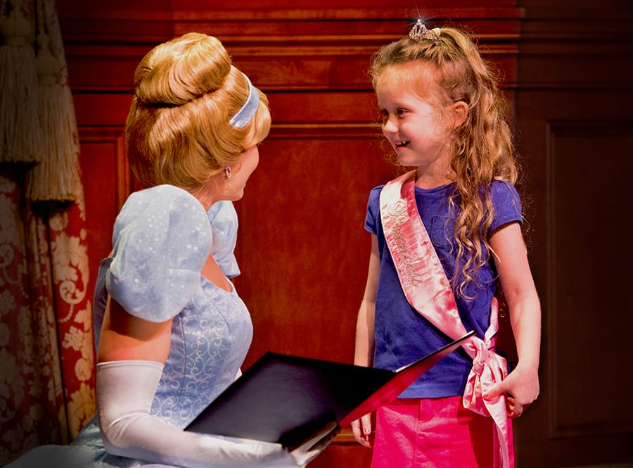 Day 4 experience my storybook moment at meet and greets disney 14 dol day 1 sbm m4hsunfo